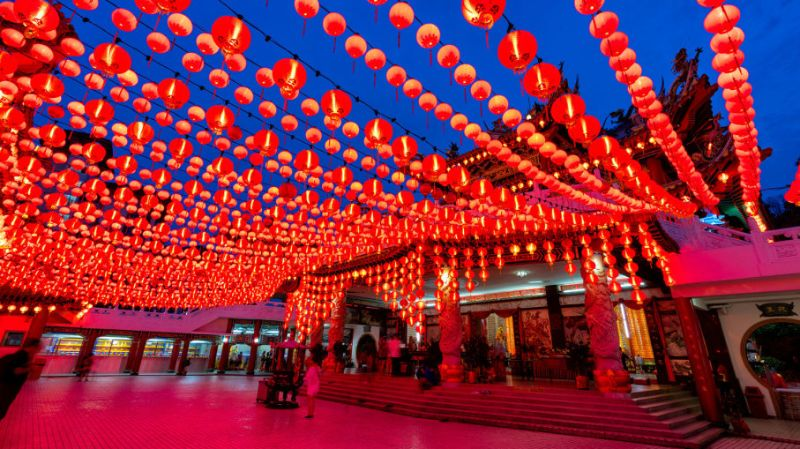 What are the most popular promotional holidays in China?