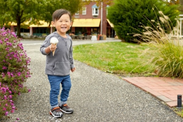 Iconic U.S. Children's Shoe Brand Stride Rite Steps Up China Expansion with Tmall